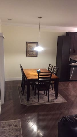 Spacious townhomes great for families and vacation - Rochester