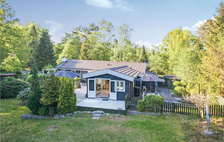 Holiday cottage with 3 bedrooms on 90m² in Rørvig