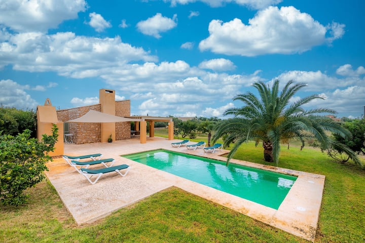 "Holiday Home ""Ses Clovetes"" with Mountain View, Pool, Garden, Terraces & WiFi; Parking Available"