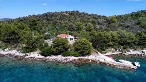 Fisherman's house Beti, Otok Žut, Kornati