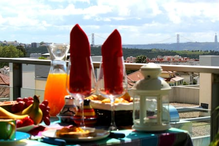LUXURIOUS APT W/ TERRACE+POOL+VIEW+FREE WIFI! - Linda-a-Velha - Apartment - 1