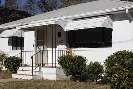 Newly refurbished house close to Downtown - Durham - Talo