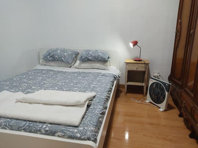 Double Bedroom Center-Habitación Malasaña-2 Pax