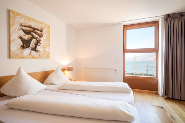 Marina Suite