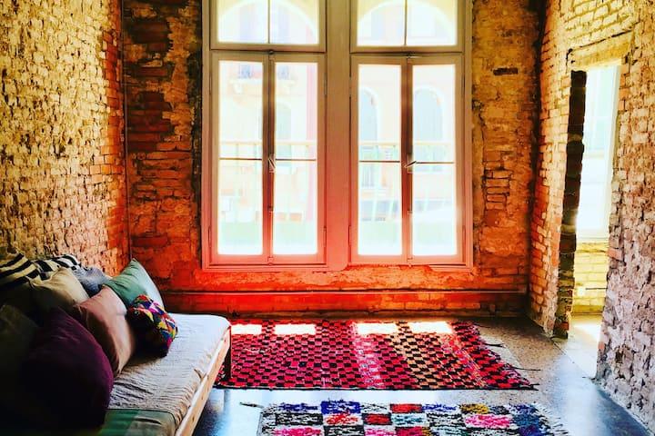 Superbe appartement d'artiste au cœur de Biennale