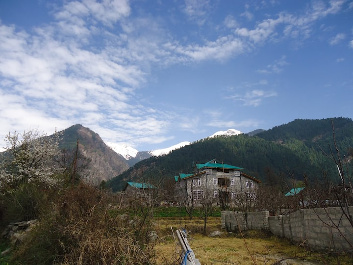 Royal Den @ Manali Home