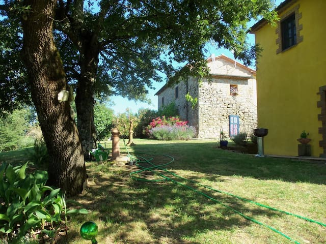 Charming Holiday apartment in a beautiful, peaceful location, with shared pool