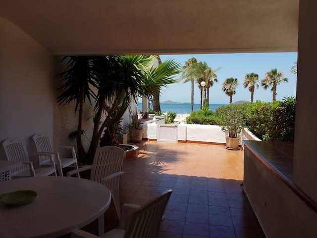 Casa Playa Honda (primera línea)