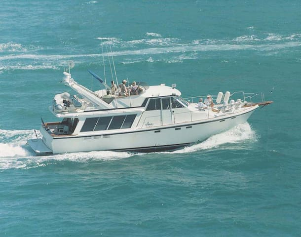 "Welcome Aboard  46' Classic Motoryacht "" Seatrek"" - Fort Lauderdale"