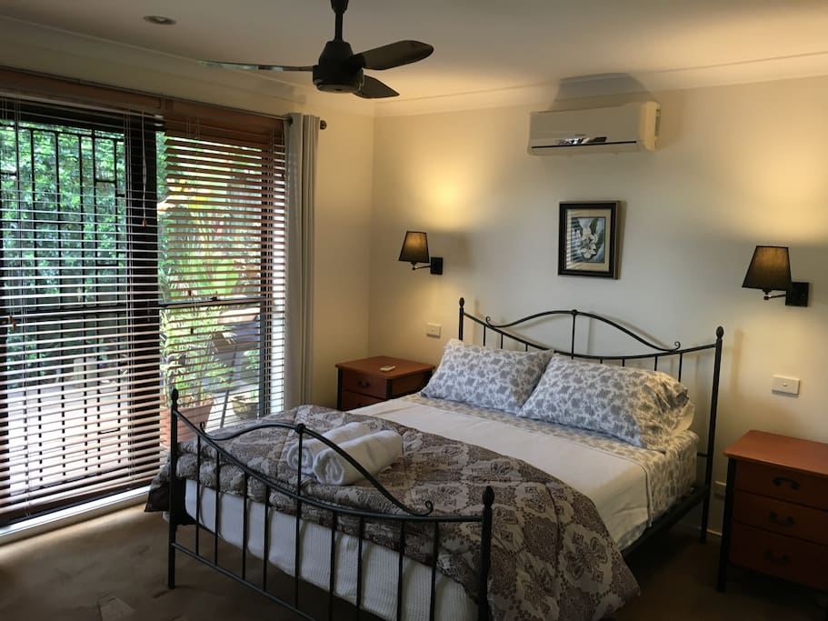 Main Queen bedroom with air conditioning