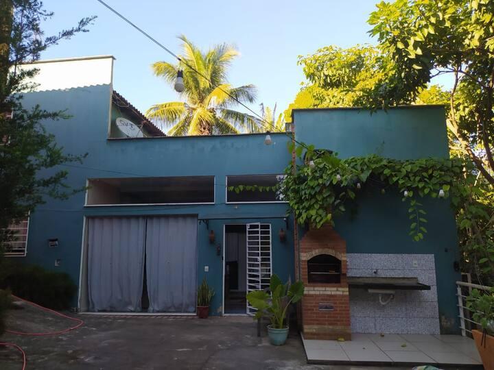 Casa ampla e aconchegante completa