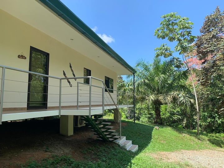 CRT - Villa Iguana *NEW HOME*with WIFI