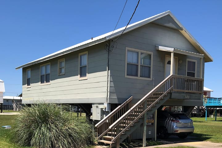 Reel Saints - Great location and Great Price!