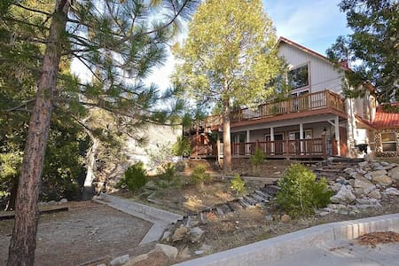 Carriage House - Shaver Lake
