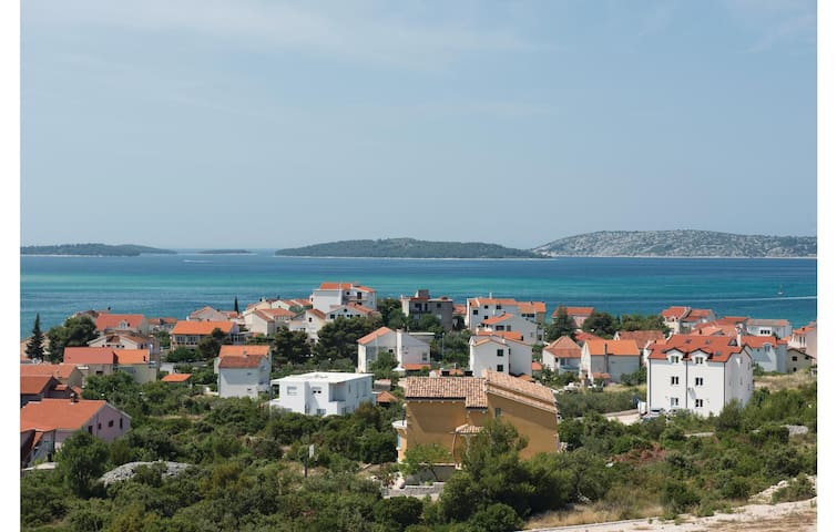 Holiday apartment with 2 bedrooms on 50m² in Sibenik