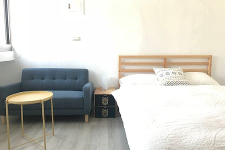 Cozy suite near Gangshan Railway Station