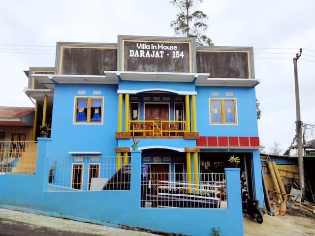 Villa In House Darajat 154 - Pasirwangi - Huis