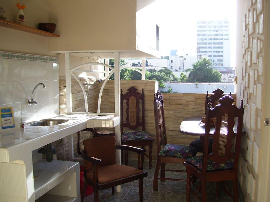 terraza para compartir, buen sol y con privacidad