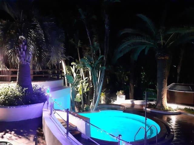 Studio-appartementen in Paradise Pools and Sauna