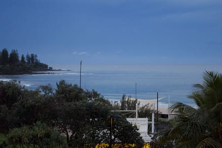 chic beach apartment with ocean views - Kings Beach - Flat
