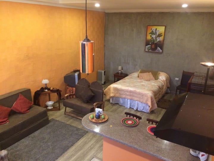 NUESTRA CASA-OUR HOME /Suite-Studio Cuenca by A2CC