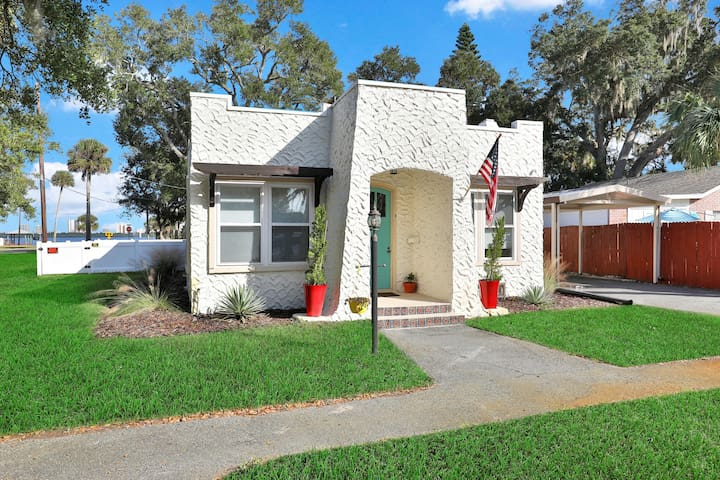 Premium Cleaned | Riverfront, dog- friendly home close to Daytona Beach attractions!