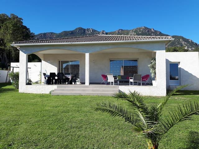 Villa en Corse sur la côte Est