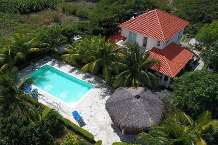 Villa vacacional en Bahia de Ocoa - Hatillo - Huis