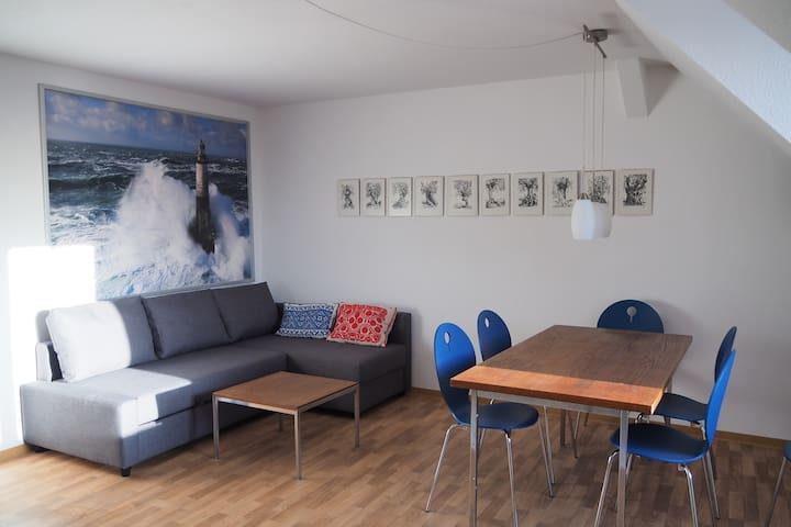 Wohnung, 75 qm,  Elbnähe, mit Parkplatz