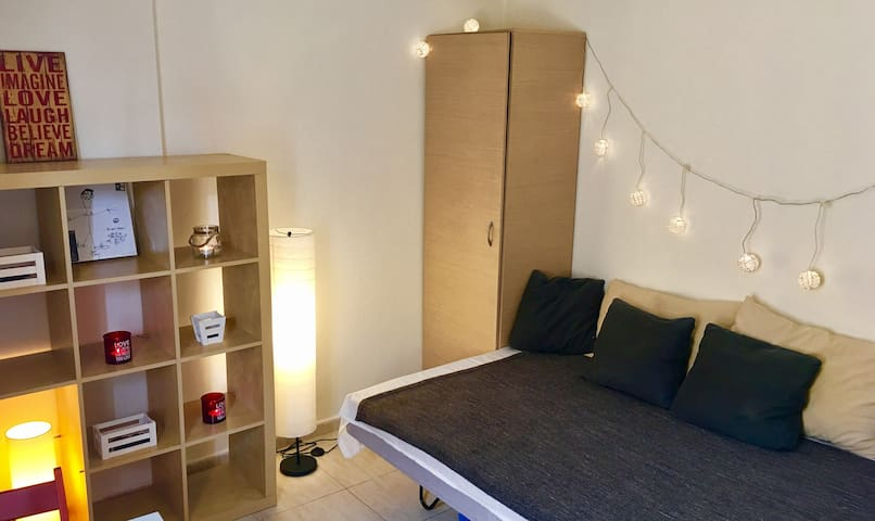 1-2 persons studio in Ano Poli (city center)