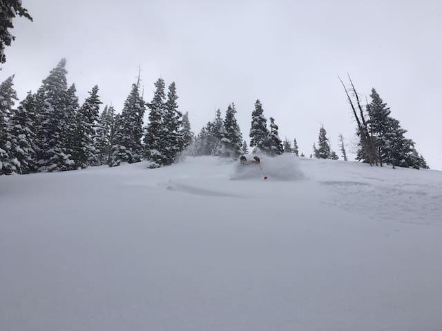 Mtn Village Ski Lodging On A Budget