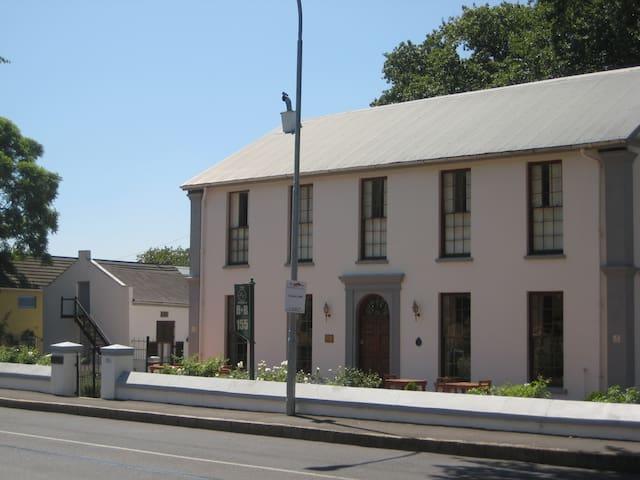 Klein Vredenburg Guesthouse ROOM 6