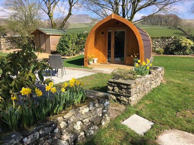 Pen-y-Ghent Micro Lodge