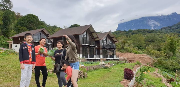 Beautiful Cottage3 with great view of Mt. Kinabalu
