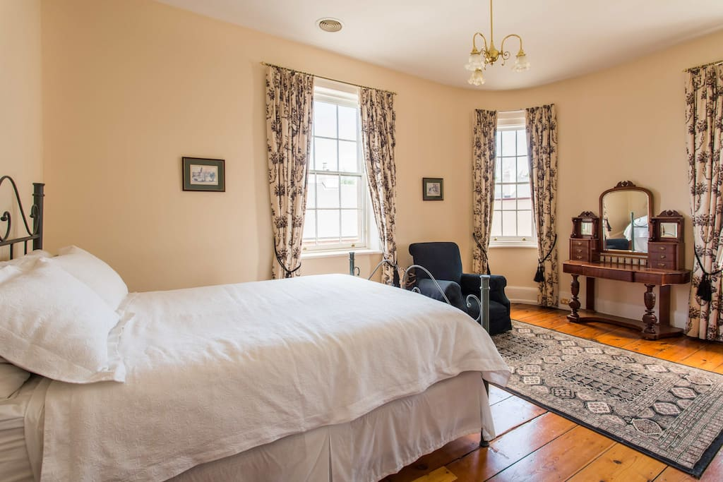 York apartment master bedroom