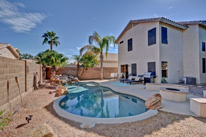 AZ Getaway & Private Pool-Downtown Chandler