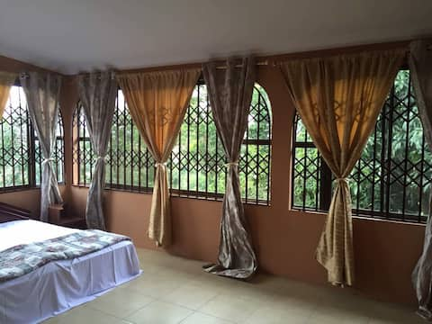 Your Cosy Stay in Ghana