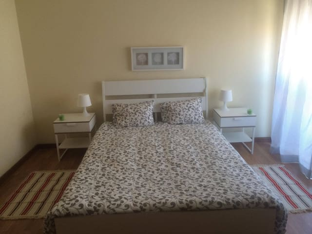 Quarto privado/Private room, double - Aveiro - Huoneisto