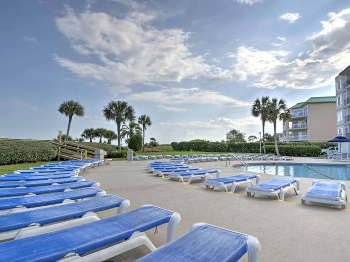 Beach Club 433 - Newly listed, Highly sought after condo at The Beach Club.