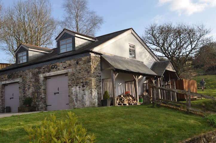 Annexe to private property in 16 acres - Cornwall - Wohnung