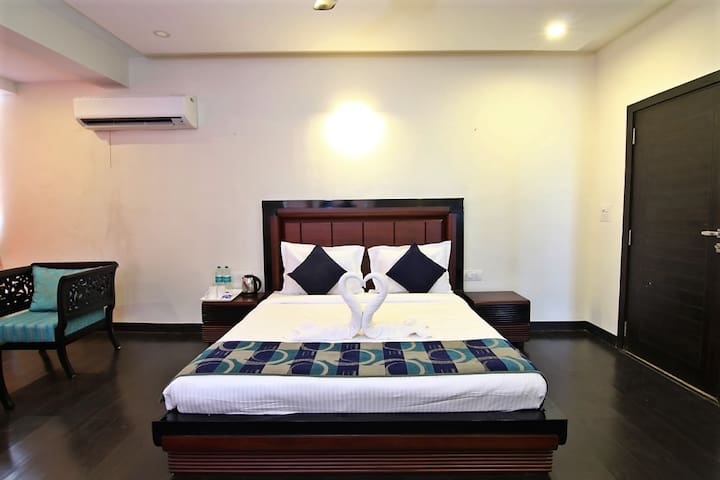 Single Room Suite w/ Pool Access D1, Dona Paula - Dona Paula - Bed & Breakfast