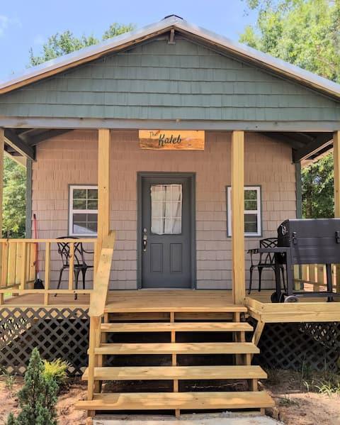 Lakeside cabins (the Kaleb)