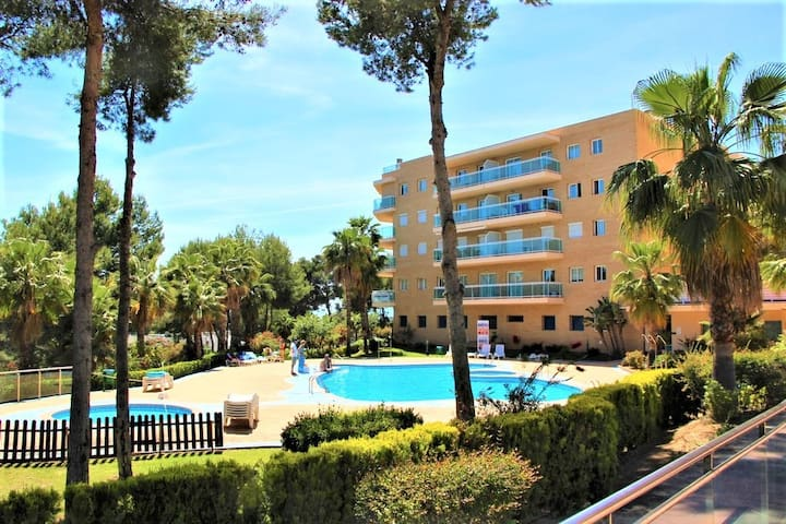 Apartment with swimming pool,children's playground