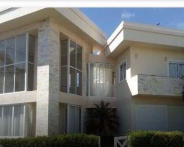 Casa De Praia Maravilhosa no Paraíso dos Lagos!