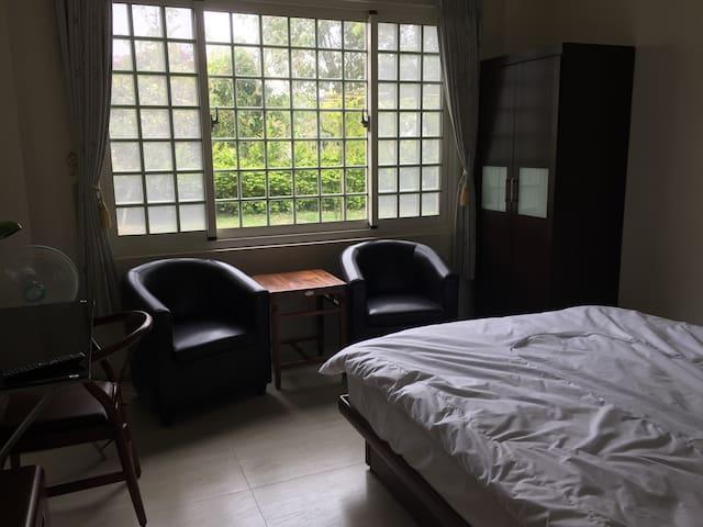 綠茵莊園田園風光雙人房 - Gongguan Township - Dormitorio para invitados
