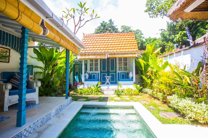Boutique Honeymoon Villa with private Pool