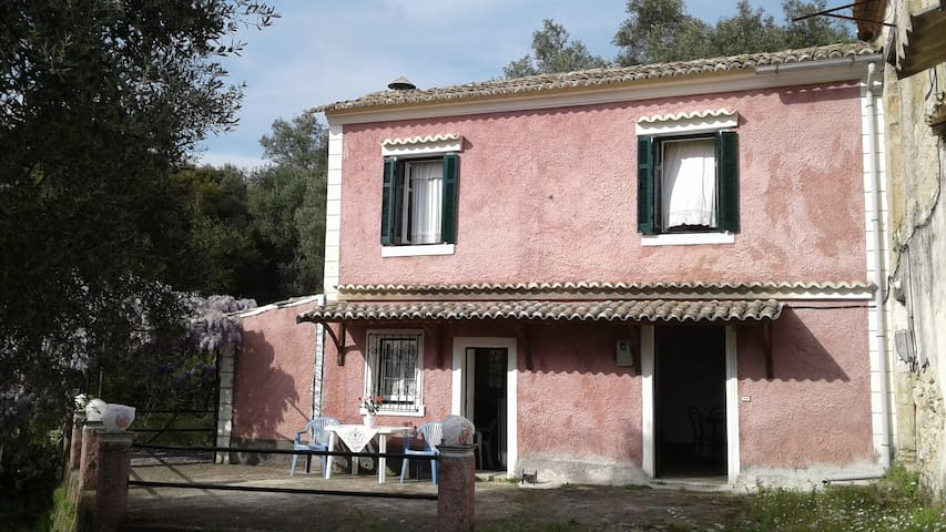 The house of grandma Sophie - Kerkira - House