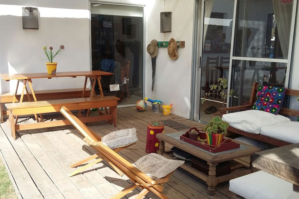 El deck al jardin