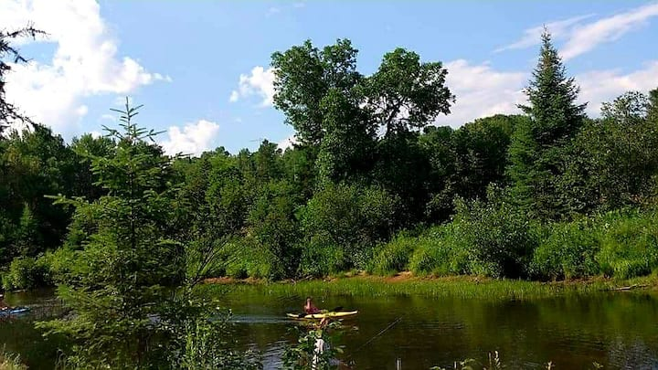 A swim, camp fire, fish, boat and ATV paradise!!!