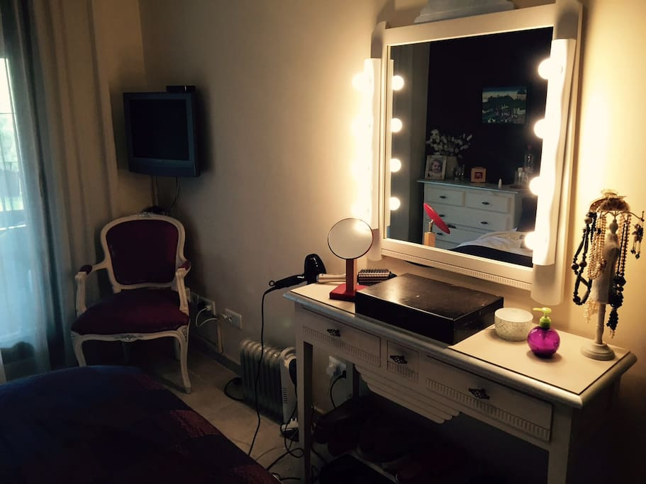 The dressing table in the main double bedroom.